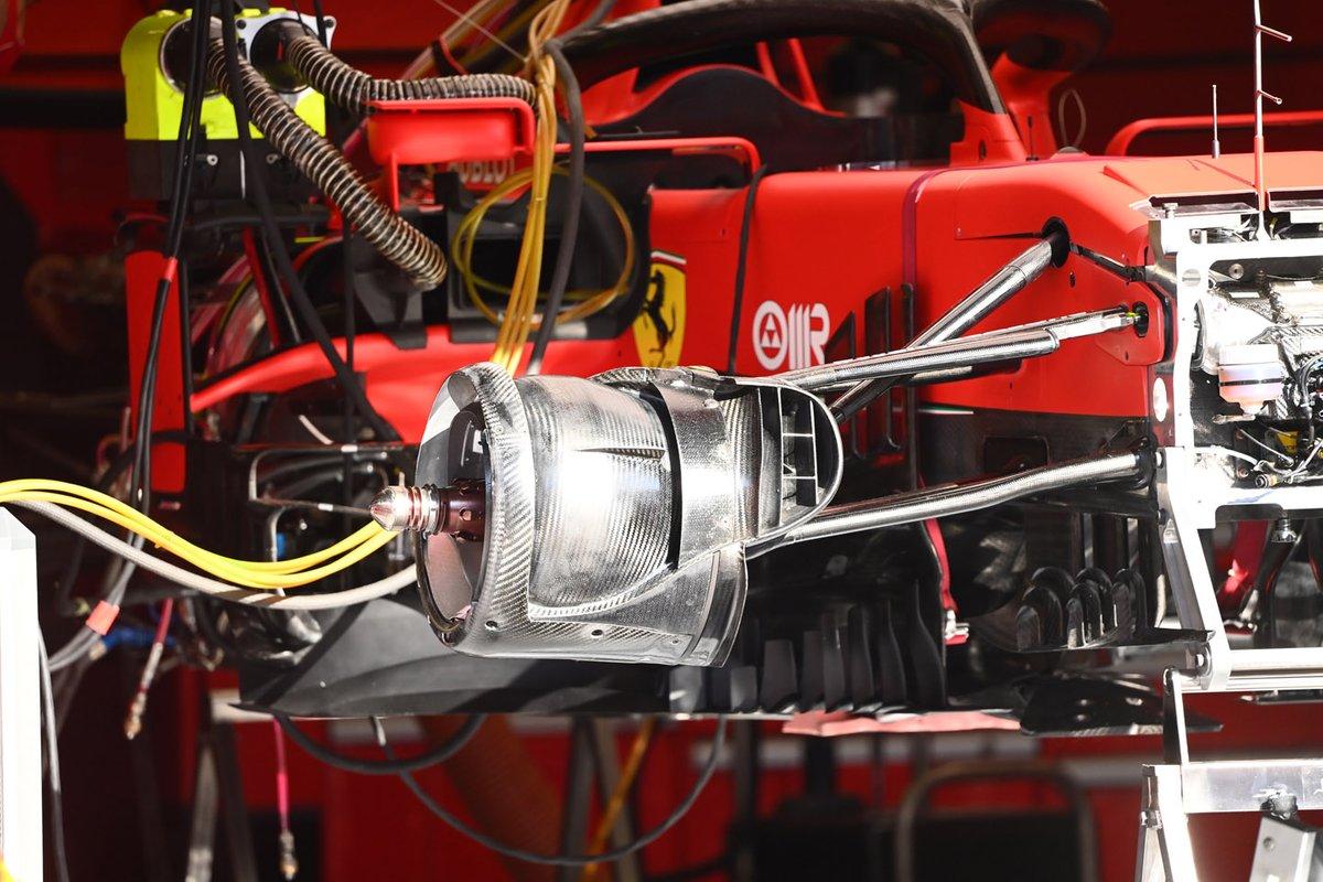 Detalhe do freio dianteiro do SF1000 da Ferrari