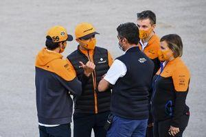 Carlos Sainz Jr., McLaren, Lando Norris, McLaren and Michael Masi, Race Director in the paddock