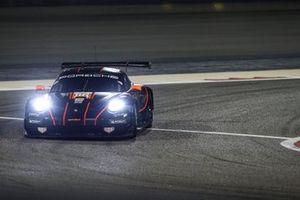 #86 Gulf Racing Porsche 911 RSR: Michael Wainwright, Alessio Picariello, Benjamin Barker