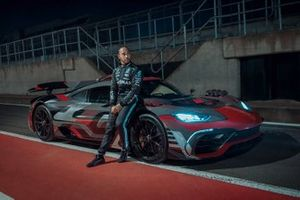Lewis Hamilton avec la Mercedes-AMG Project One