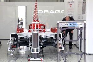 Dragon Penske Autosport garaje
