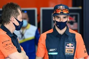 Miguel Oliveira, Red Bull KTM Factory Racing, mit Mike Leitner