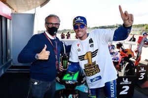 MotoGP Legend Franco Uncini congratulates Joan Mir, Team Suzuki MotoGP