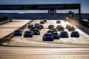 Start des WTCR 2020 im Motorland Aragon in Alcaniz