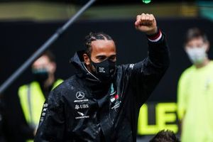 Lewis Hamilton, Mercedes-AMG F1, 1st position, and the Mercedes team celebrate championship victory