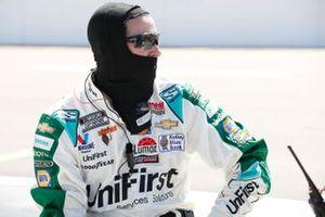 Chase Elliott, Hendrick Motorsports, Chevrolet Camaro UniFirst, crew