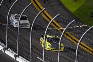 Matt Crafton, ThorSport Racing, Toyota Tundra Menards