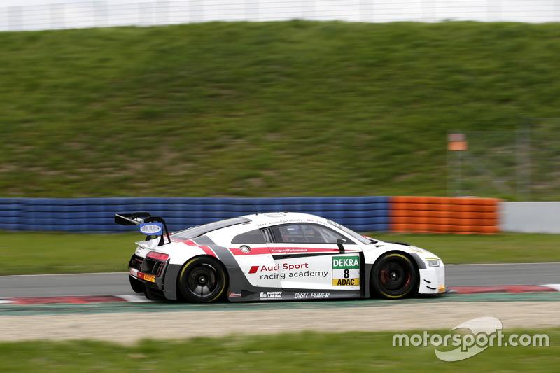 #8 Audi Sport racing academy, Audi R8 LMS