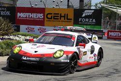 #912 Porsche Team North America, Porsche 911 RSR: Kevin Estre, Laurens Vanthoor