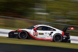 #911 Porsche Team North America Porsche 911 RSR: Patrick Pilet, Dirk Werner, Nick Tandy