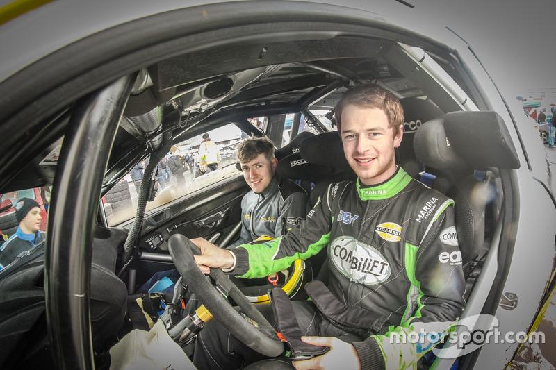 Josh Moffett e James Fulton