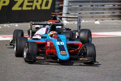 Arjun Maini, Jenzer Motorsport leads Konstantin Tereschenko, Campos Racing