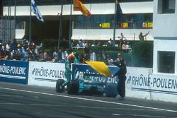 Mauricio Gugelmin, Leyton House CG901 Judd retires on lap 58 with an engine failure after he had bee
