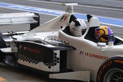 Patrick Friesacher, Experiencias F1 2 asientos conductor y pasajero de 2 plazas de experiencias F1 Belinda Whiteside