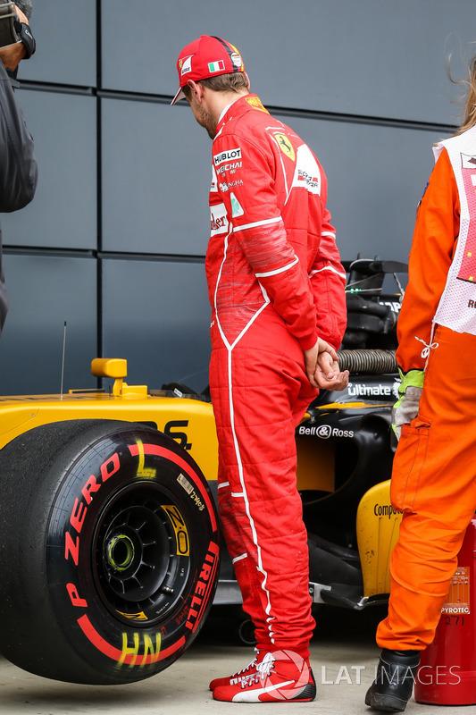 Себастьян Феттель, Ferrari, Renault Sport F1 Team RS17