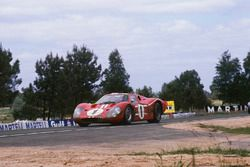#1 Ford GT40 Mk4: A.J. Foyt, Dan Gurney