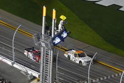 Kaz Grala, GMS Racing Chevrolet prende la bandiera a scacchi e la vittoria della gara