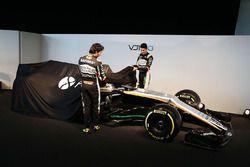 Sergio Perez, Sahara Force India F1 y Esteban Ocon, Sahara Force India F1 Team revelan el Sahara For
