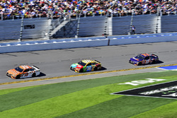 Daniel Suárez, Joe Gibbs Racing Toyota, Kyle Busch, Joe Gibbs Racing Toyota, Denny Hamlin, Joe Gibbs