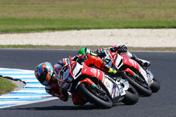 Eugene Laverty, Milwaukee Aprilia World Superbike Team, Lorenzo Savadori, Milwaukee Aprilia World Su
