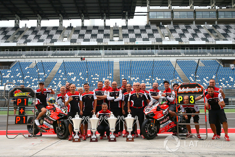 1. Chaz Davies, Ducati Team, 3. Marco Melandri, Ducati Team