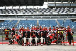 Ganador, Chaz Davies, Ducati Team, tercero, Marco Melandri, Ducati Team