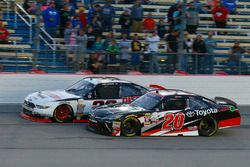 Christopher Bell, Joe Gibbs Racing Toyota and Sam Hornish Jr, Discount Tire Ford Mustang