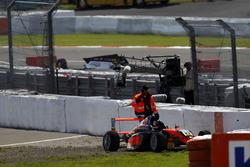 Ausfall von Kami Laliberté, Van Amersfoort Racing und Überschlag von Nicklas Nielsen, US Racing