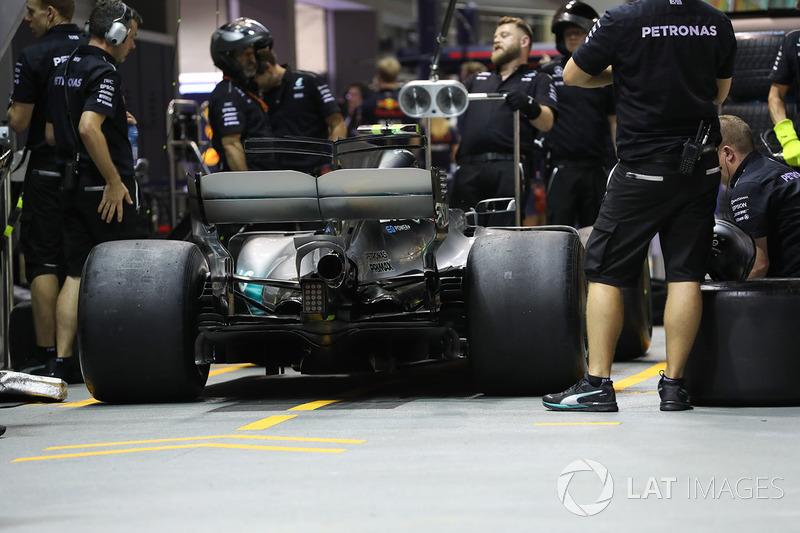 Simulation d'arrêt au stand chez Mercedes AMG F1