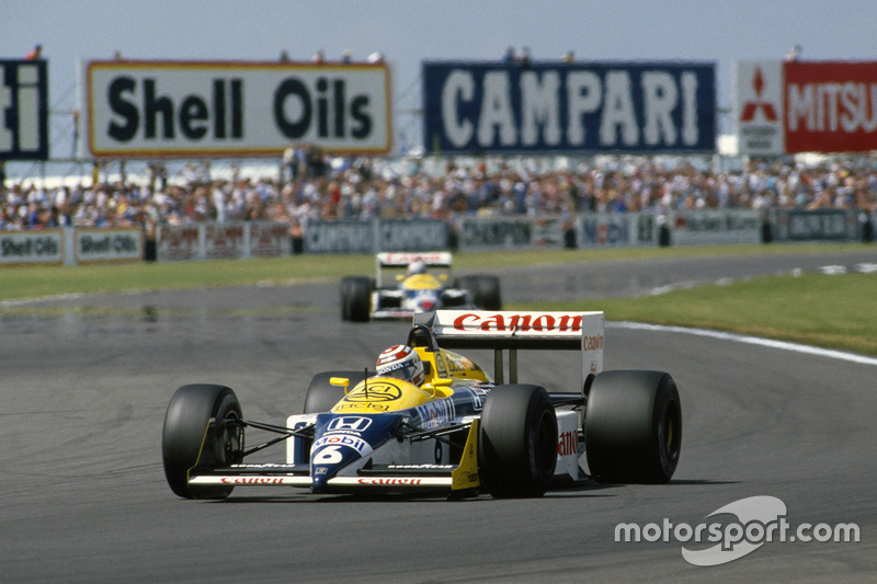 1987: Nigel Mansell, Williams FW11B (detrás de Nelson Piquet)
