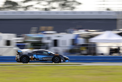 #76 Compass360 Racing McLaren GT4: Paul Holton, Matt Plumb