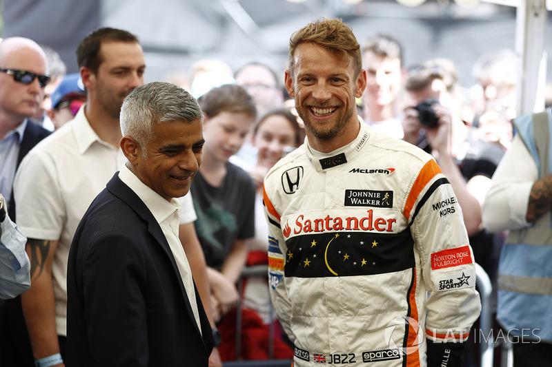 Sadiq Khan, alcalde de Londres, Jenson Button, McLaren