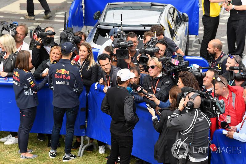 Daniel Ricciardo, Red Bull Racing and Lewis Hamilton, Mercedes AMG F1 talk, the media