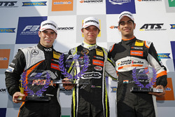 Rookie Podium: Winner Lando Norris, Carlin Dallara F317 - Volkswagen, second place Joey Mawson, Van