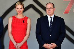 Fürst Albert von Monaco mit Ehefrau, Prinzessin Charlene von Monaco