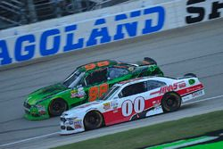 Darrell Wallace Jr., Biagi-DenBeste Racing Ford, Cole Custer, Stewart-Haas Racing Ford