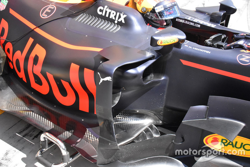 Red Bull Racing RB13 sidepods detail