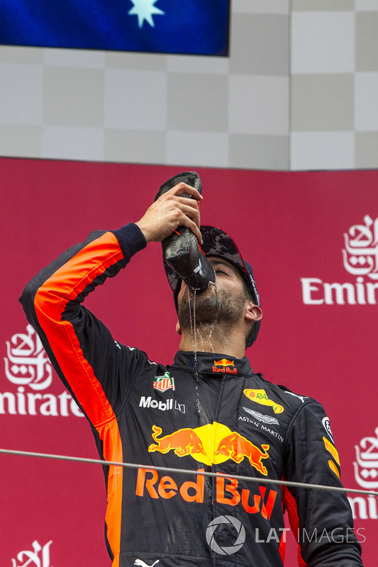 Podium: third place Daniel Ricciardo, Red Bull Racing celebrates with a shoey