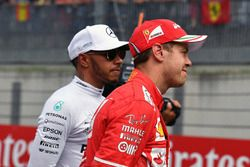 Lewis Hamilton, Mercedes AMG F1 y Sebastian Vettel, Ferrari