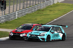 Jean-Karl Vernay, Leopard Racing Team WRT, Volkswagen Golf GTi TCR, James Nash, Lukoil Craft-Bamboo Racing, SEAT Le?n TCR