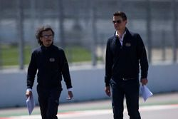 Laurent Mekies, directeur de la sécurité de la FIA, et Marcin Budkowski, responsable département technique FIA