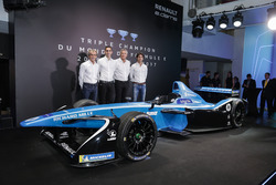 Sebastien Buemi e Nicolas Prost, Renault eDAMS con Alain Prost and Jean-Paul Driot
