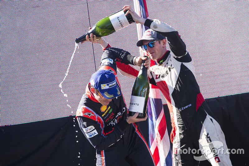 Thierry Neuville, Hyundai Motorsport, y Elfyn Evans, M-Sport