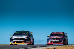 Matthew Brabham, Lucas Dumbrell Motorsport, Holden; Jamie Whincup, Triple Eight Race Engineering, Ho