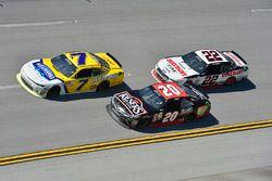 Джастин Алгайер, JR Motorsports Chevrolet, Эрик Джонс, Joe Gibbs Racing Toyota и Джой Логано, Team P