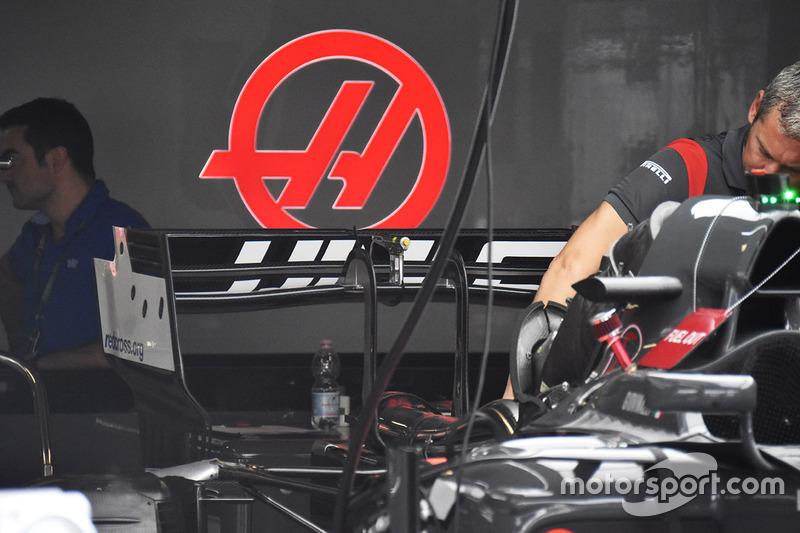 Aileron arrière de la Haas F1 Team VF-17