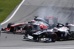 Pastor Maldonado, Williams FW35 en problemas