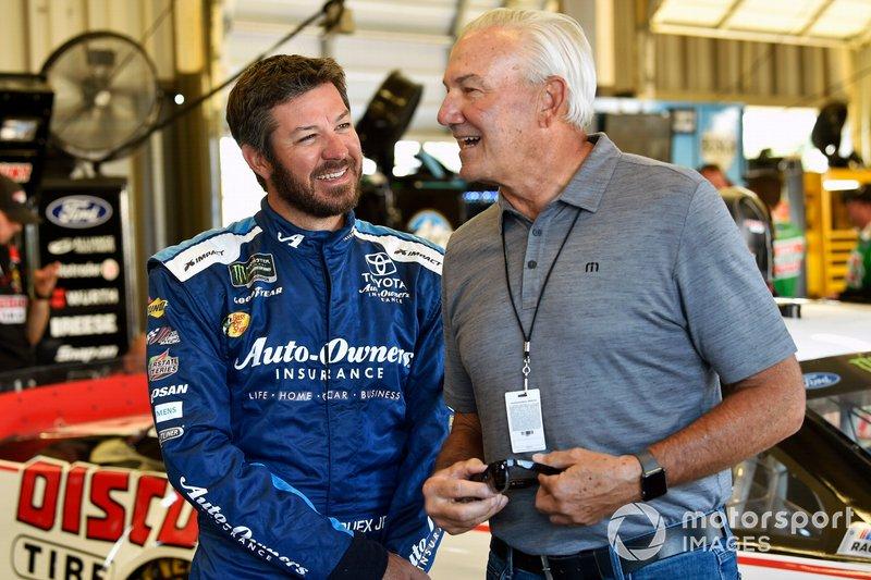 Martin Truex Jr., Joe Gibbs Racing, Toyota Camry Auto Owners Insurance and Dale Jarrett