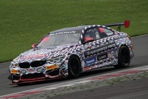 #82 BMW Team Studie