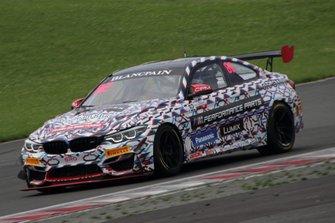 #82 BMW Team Studie